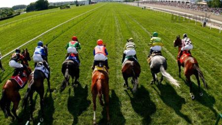 Заработок на скачках: гонки в Челтнэме